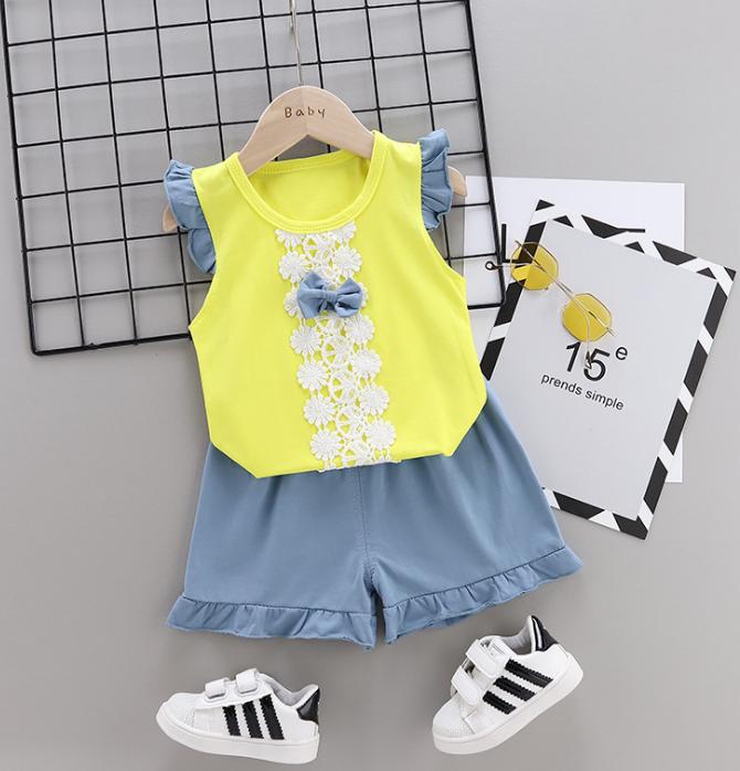 Summer new Children Cotton Bow design elements two-Pieces vest + shorts (yellow)