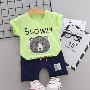 2020 Summer new Children Cotton Cartoon Grizzly bear pattern two-Pieces t-shirt + shorts (green)