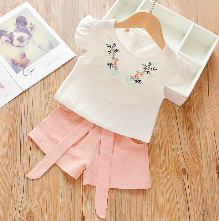 Summer girls' flying sleeve Flower pattern short sleeve shirt and shorts two piece set (pink)