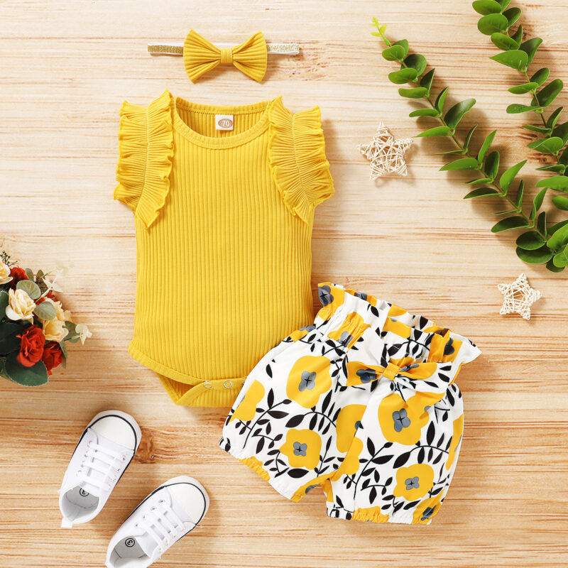 3-piece Short-sleeve Bodysuit and Allover Shorts Set