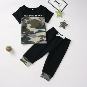 Camo Print Short-sleeve Tee and Pants Set