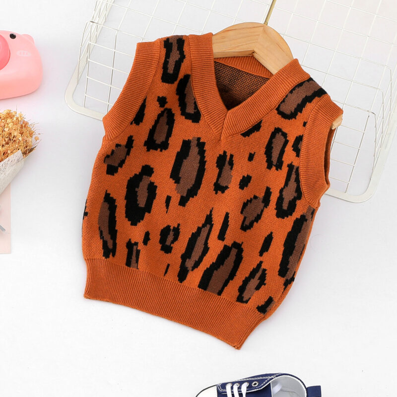 Baby / Toddler Boy Leopard Pattern Knitted Sleeveless Sweater