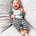 Baby Boy Turtle Print Striped Hoodie and Pants Set photo review