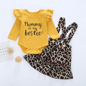 2-piece Letter Pattern Bodysuit & Overalls for Baby Girl