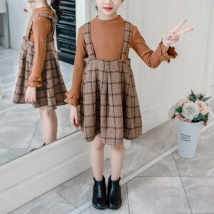 2-piece  Swester & Plaid Skirt for Girl