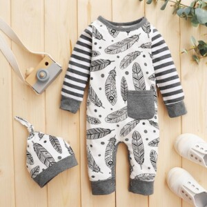 2-piece Feather Pattern Jumpsuit & Hat for Baby Boy
