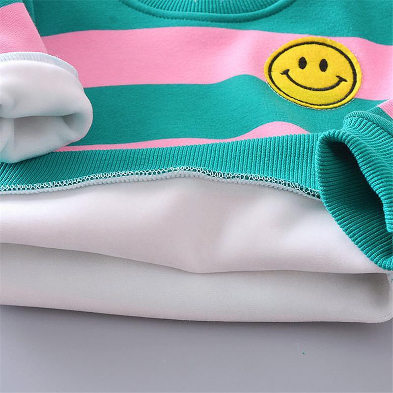 2-piece Bear Pattern Fleece-lined Hoodie & Letter Pattern Fleece-lined Pants for Toddler Girl