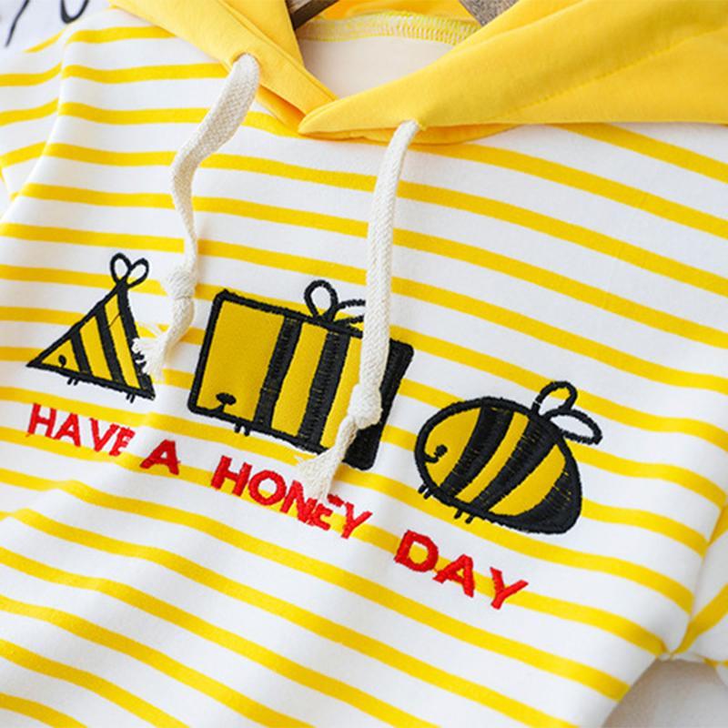 2-piece Cartoon Pattern Fleece-lined Hoodie & Fleece-lined Pants for Toddler Girl