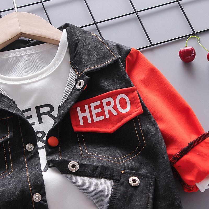3-piece Color-block Letter Pattern Coat & Sweatshirt & Pants for Toddler Boy