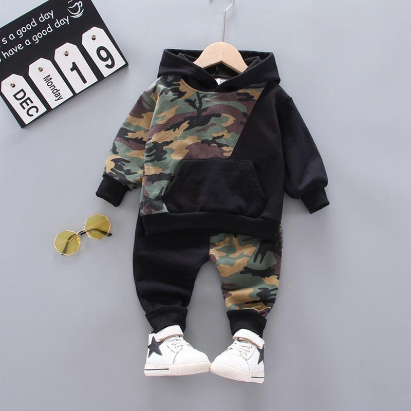 2-piece Camouflage Hoodie & Pants for Toddler Boy