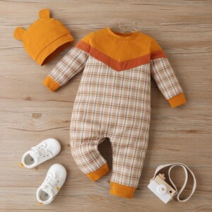 2-piece Plaid Jumpsuit & Hat for Baby Boy