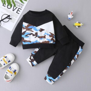 2-piece Camouflage Pullover & Pants for Baby Boy