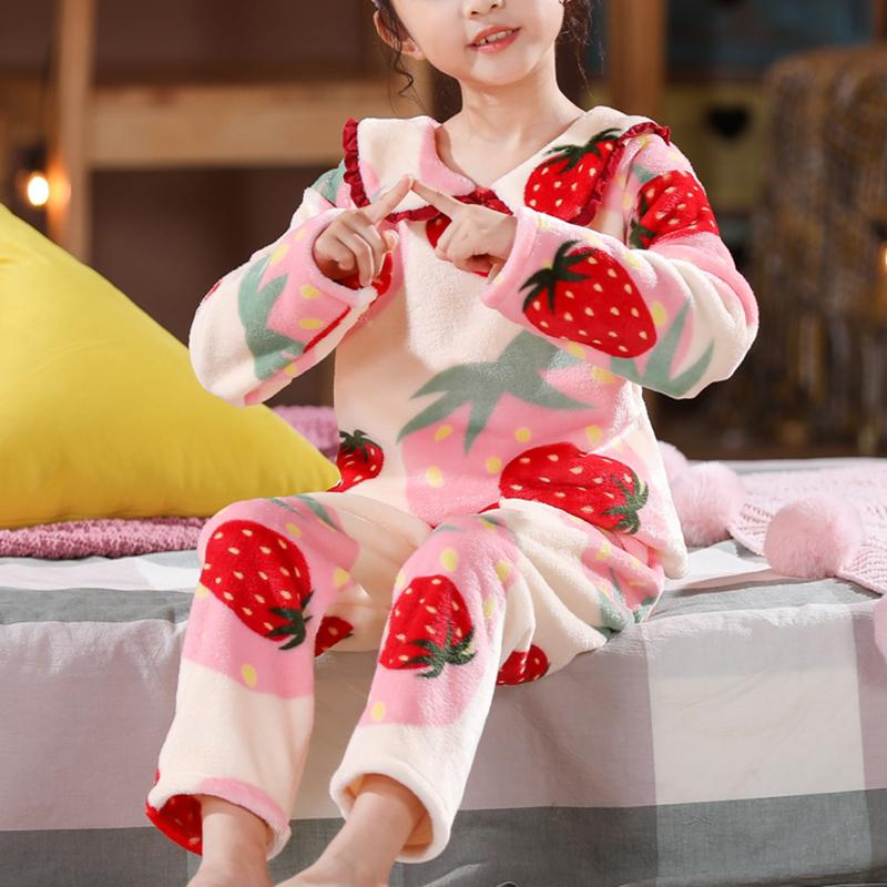 2-piece Strawberry Pattern Fleece-lined Pajamas Sets for Girl