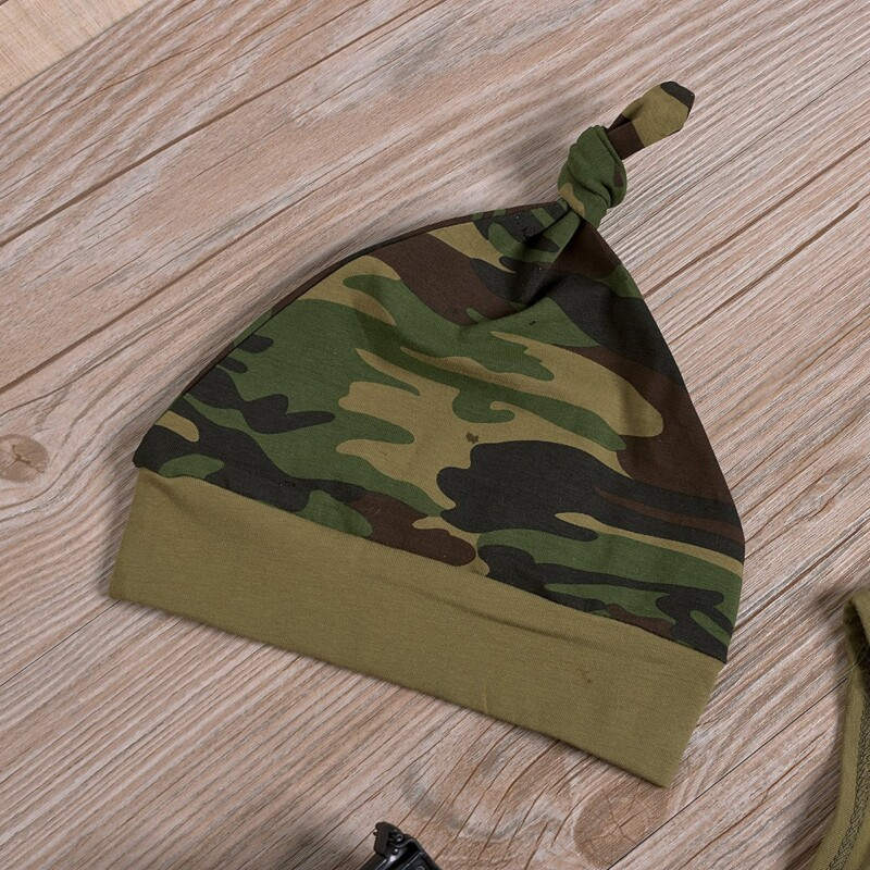 3-Piece Short-Sleeve Letter Print Bodysuit, Camouflage Pants and Hat