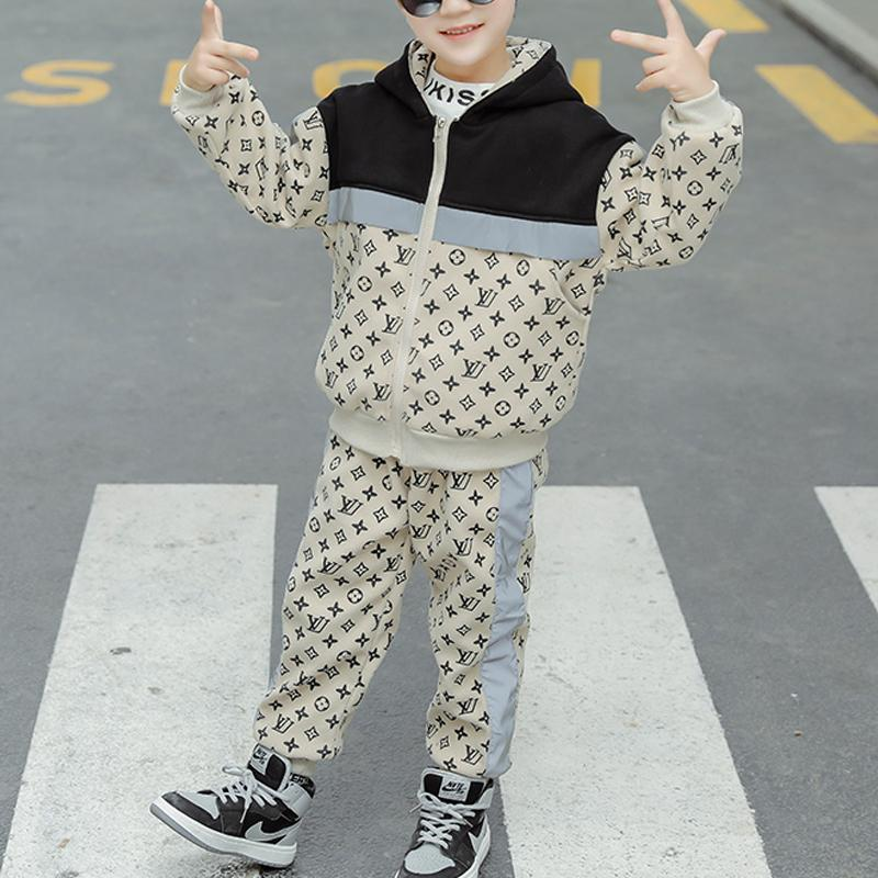 2-piece Letter Pattern Fleece-lined Suit for Boy