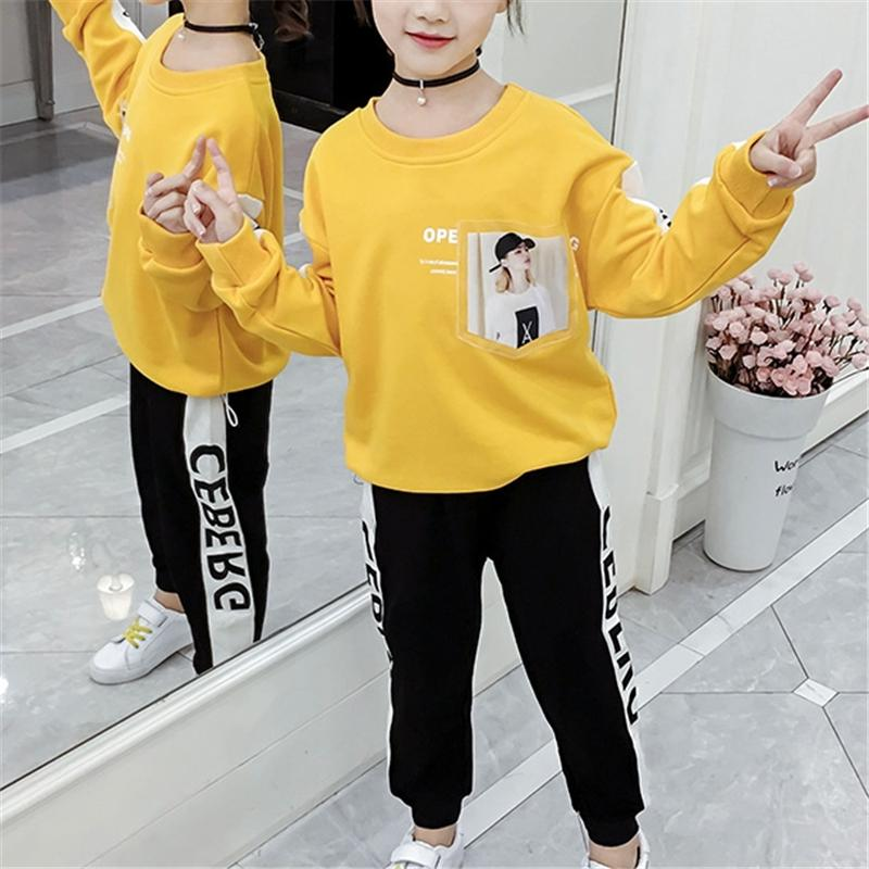 2-piece Letter Pattern Suit for Girl