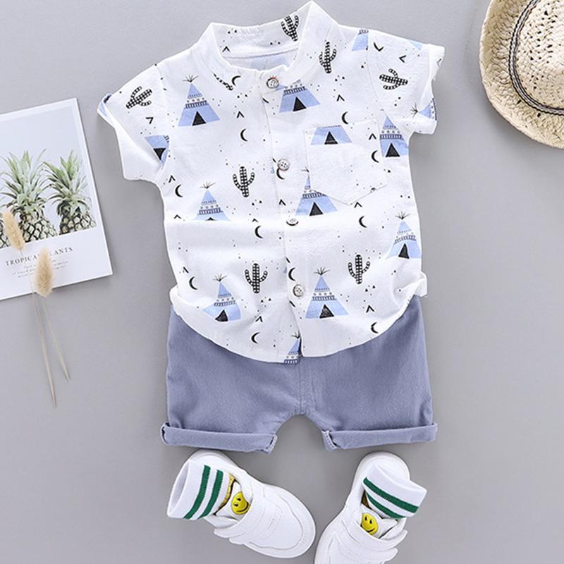 Pyramid Print Short-sleeve Shirt and Pants Set (No shoes)
