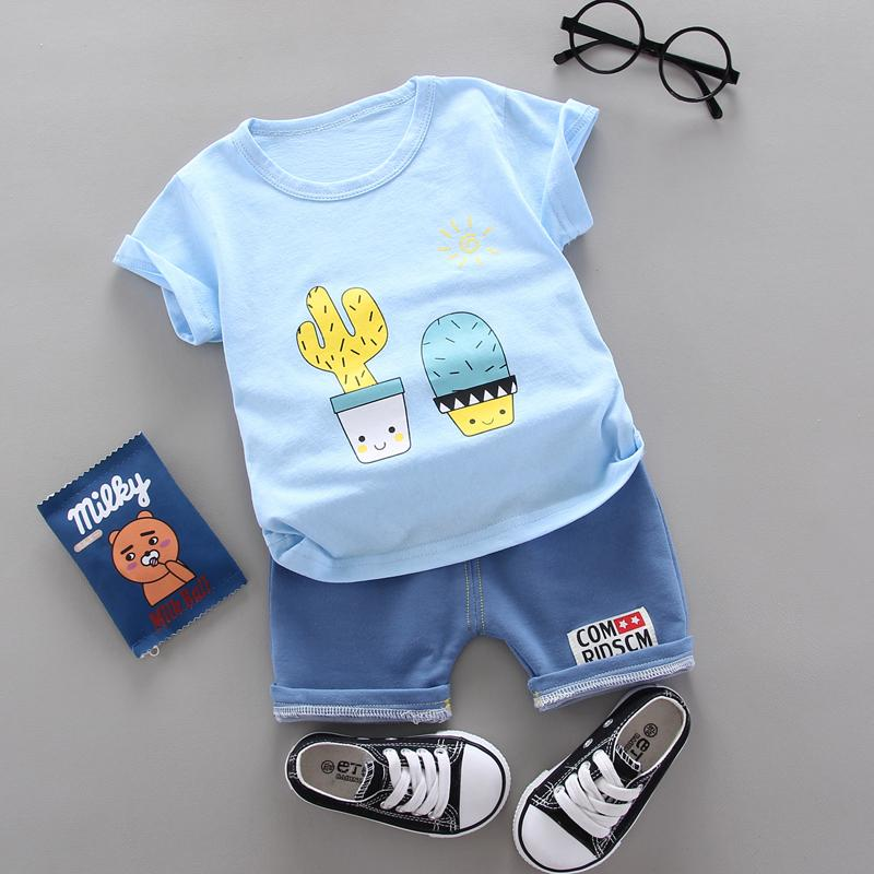 2pcs Cute Cartoon Print T-shirt and Cowpants