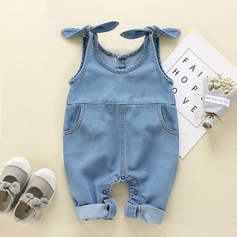 Cute Jumpsuit in Denim Fashion Suspenders for Baby Girl