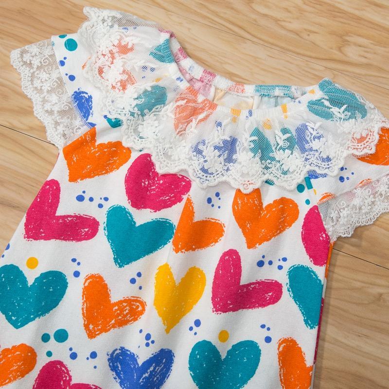 Heart-shaped Pattern Bodysuit for Baby Girl