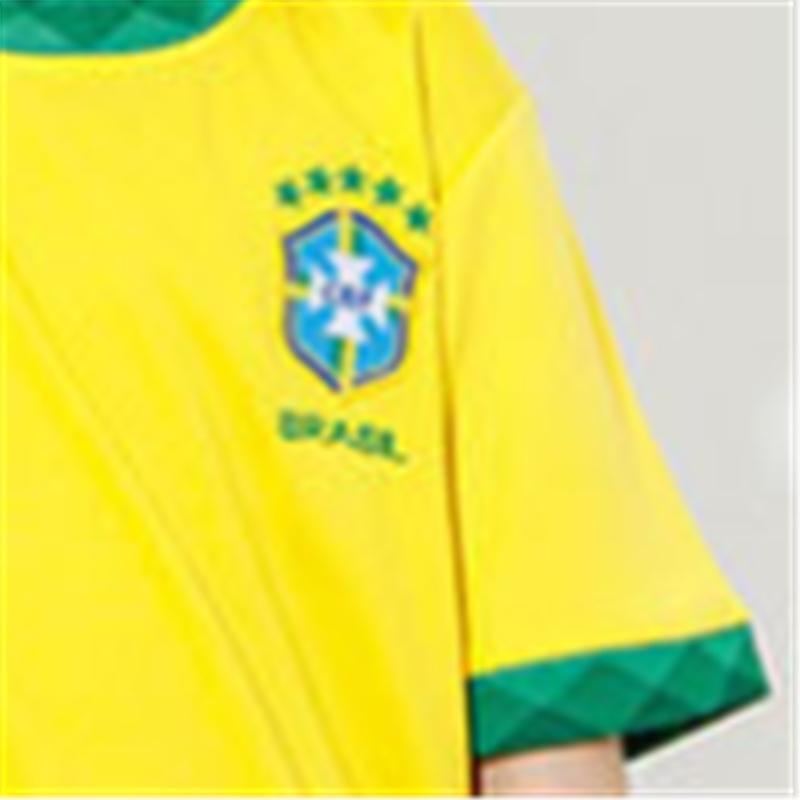 2-piece Sporty T-shirt & Pants for Boy